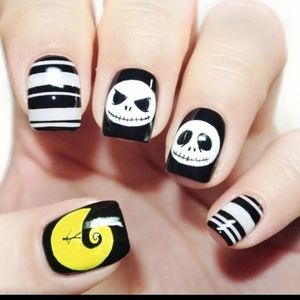 Nightmare Before Xmas press on nails